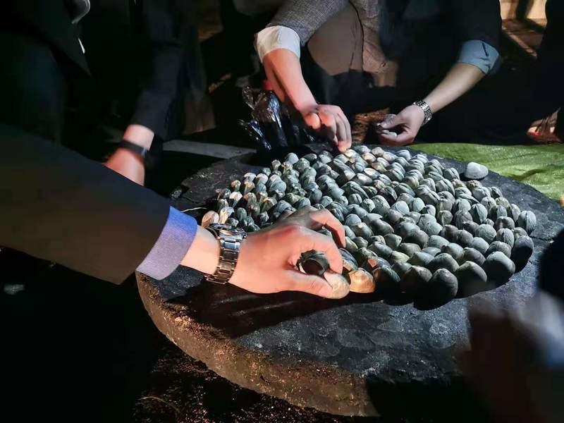 หอย เผา น้ำมันเบนซิน เกาหลีเหนือ